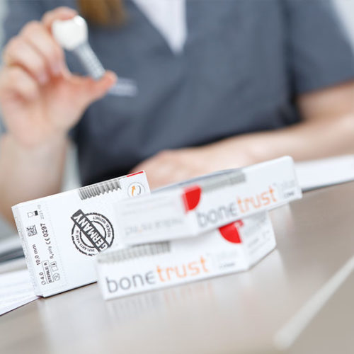 Medical Instinct® BoneTrust® Zahnimplantate
